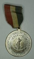 """Hongrie Hungary Ungarn 1930 """" Dulce Et Decorum Est Pro Patria Mori  """"  Medal - Médailles & Décorations"""