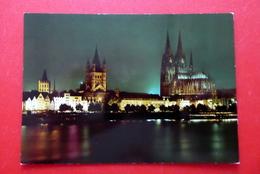 Köln Am Rhein, Rheinpartie Mit Dom Bei Nacht,  Nordrhein-Westfalen, Nicht Gelaufen - Koeln