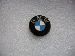 Pin's Embleme Des Automobiles Ou Motos BMW (Diametre 22mm) - BMW