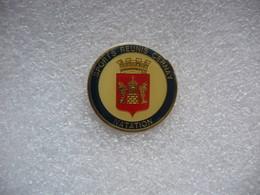 Pin's Du Club De Natation Des Sports Réunis De La Ville De Cernay (Dépt 68) - Unclassified
