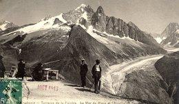 74 CHAMONIX - Terrasse De La Flégère - La Mer De Glace Et L'Aiguille Du Dru - Animée - J.J. - Chamonix-Mont-Blanc