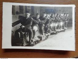 Doos Postkaarten (2kg170) Zowel Zwart Wit Als Moderne Kaarten, Allerlei Landen En Thema's - Zie Foto's - Postcards