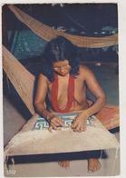 GUYANE,ile Du Salut,ARTISAN,métier Artisanal,femme Artisan,confection De Tapis Tout à La Main,nue - Guyane