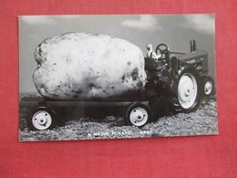 Fantasy-----RPPC Large Maine Potato  On Tractor  --- Ref 2894 - Tractors