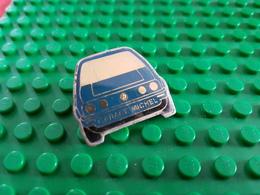 Pin's  Garage Michel - Volkswagen