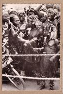 REPUBLIQUE CENTRAFRICAINE - CPSM - ETHNIQUE - FEMME - OUBANGUI-CHARI - DANSEUSES BANDA - éditeur HENOCQUE - Centrafricaine (République)