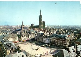 Strasbourg La Place Kleber Et La Cathedrale CPM Ou CPSM - Strasbourg