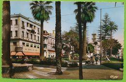 BONE (Constantine) - Un Coin Du Cours Bertagna Et L'Eglise Photo Véritable Colorisée Circulé 1954 - Annaba (Bône)