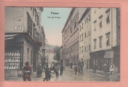 OLD POSTCARD     CROATIA - RIJEKA - FIUME - VIA DEL FOSSO SHOP - ANIMATED - Kroatien