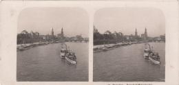 Stereofoto DRESDEN - Dampfschiffslandeplatz, Photogr. Steglitz Berlin 1903, Fotoformat Ca.18 X 8,8 Cm, Gebrauchsspuren - Stereoscopic