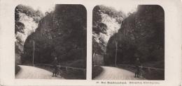Stereofoto DER SCHWARZWALD - Höllenthal, Hirschsprung, Photogr. Steglitz Berlin 1904, Fotoformat Ca.18 X 8,8 Cm - Stereoscopic