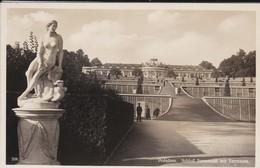ALLEMAGNE---RARE----POTSDAM--schlob Sanssouci Mit Terrassen-( Statue Nu Féminin )--voir 2 Scans - Potsdam