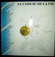 """""""Le CADEAU De La VIE"""" Disque Vinyle Vinyl 33 T Tours UNESCO Pochette Dessin Illustration Pierre Yves TREMOIS 1981 ! - Compilations"""
