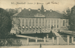 AT  WIENER NEUSTADT  / Institut Sainte-Chretienne / - Wiener Neustadt