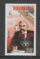 TIMBRE NEUF DU BURKINA FASO - PIERRE DE COUBERTIN ET TENNIS (ANNEE PREOLYMPIQUE) N° Y&T 748 - Jeux Olympiques
