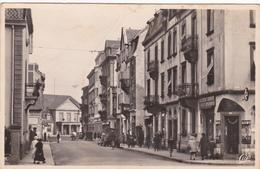 Carte Postale Sarrebourg Rue De La Gare   Dep 57 - Sarrebourg