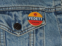 Pin Button Badge Ø38mm VEDETT Bière Extra Blonde - Beer