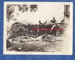 Photo Ancienne - FONTENELLE En BRIE - Soldats Américains Protégeant Le Pain Sous Camouflage - 1918 US Army WW1 Américain - War, Military