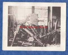 Photo Ancienne - MEZY ( Aisne )- Mitrailleuse / Machine Gun Prise à La Gare Par Les Américains - 1918 - WW1 Americain US - War, Military