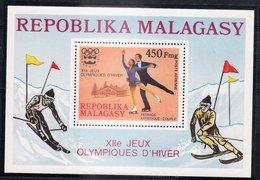 MADAGASCAR - Bloc Non Référencé De 1976 - XIIe Jeux Olympiques D'hiver INSBRUCK - Madagascar (1960-...)