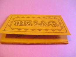 Carnet De Papier Cigarettes/RIZ LA +/L LACROIX Fils/Couverture Orange/ N°66/Présentation Provisoire/Vers1920-1950  CIG44 - Cigarettes - Accessoires