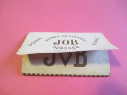 Carnet Papier Cigarettes/JOB Marque De Fabrique Déposée/Gommé/ Bardoux/ Couverture Souple /Vers 1920-1950  CIG54 - Zigarettenzubehör