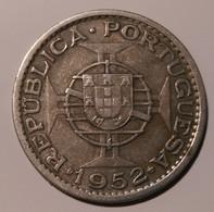 Portoguese Angola Silver 20 Escudos 1952 - Angola