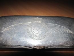 "Etui Lunettes Alu.RAF "" Fighter Bomber Group - 29e Squadron "" Fashion Design Malfroy ( AS De L'aviation ? ) Création "" - Aviazione"