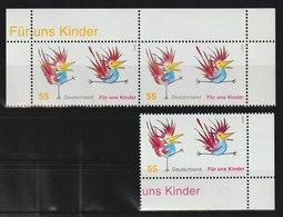 Für Uns Kinder: Bunte Hähne.  / MiNr.: 2486 / 3 Marken - BRD