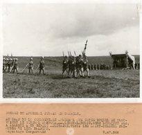 (55) Photo Originale Camp De La Courtine Marchal Petain General Bridoux Les Saint Cyriens Photo Presse18X13cm(bon état) - War, Military