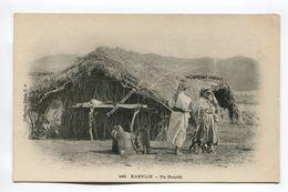 Un Gourbi - Kabylie - Scenes