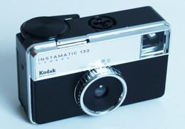 INSTAMATIC 133 – Appareil Photo Kodak – Années 1970 – Made In Germany - Cameras