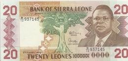 BANK OF SIERRA LEONE. 20 LEONES . 27 APRIL 1988 . N° B/13 937145 .. 2 SCANES - Sierra Leone