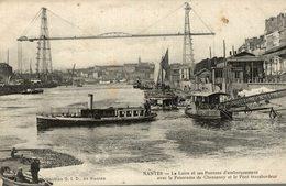 NANTES LA LOIRE ET SES PONTONS ET LE PONT TRANSBORDEUR - Nantes