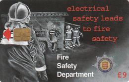 Guernsey Phonecard - £9 Fire Service - Superb Fine Used Condition - [ 7] Jersey Und Guernsey