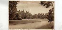 Postcard - Sandringham House  East Front And Drive - No Card No. - Posted 2nd Sep 1937 Very Good+ - Unclassified