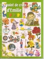 01 Le Point De Croix D'Emilie - N°11 - Année1 - Cross Stitch