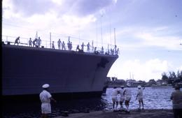 Marine Française - Croiseur De Grasse - Au Port De Tahiti En 1971 - Diapositive Couleur D'avril 1971 - Boats