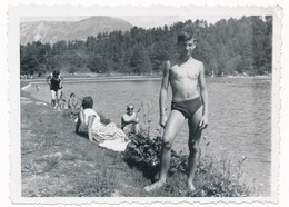 REAL PHOTO,  Swimsuit Trunks Teen Boy On Beach Scene, Garcon Sur Plage, Photo ORIGINAL - Photographs