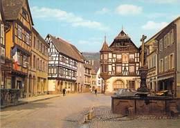 68 KAYSERSBERG - Place De L'Eglise Avec Fontaine De 1531 - Kaysersberg