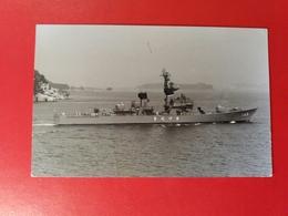 The Japanese Destroyer, Year 1960 - Mitshubishi Heavy Industries - Photo NOBUO ITOKI - Boats