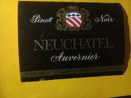 8034 - Pinot Noir Domaine De Montmollin  Auvernier Suisse - Etiquettes