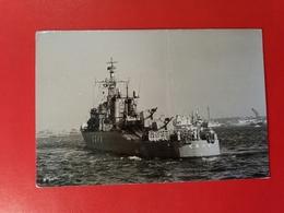 The Japanese Destroyer, Year 1962 - Mitshubishi Heavy Industries - Photographe Shizuo Fukui - Boats