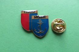 Pin's, Ville, Blason, TICINO MELIDE, Suisse, Wappen - Cities