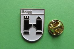 Pin's, Ville, Blason, BRUGG, Suisse, Wappen, - Cities