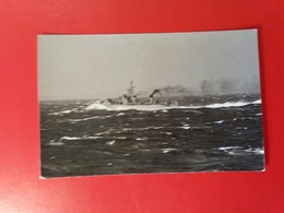 The Japanese Destroyer Teruzuchi,  Year 1962 - Photograph Motoyoshi Hori I - Boats