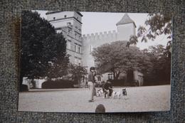 Photographie De La Cour Du Chateau De RIBAUTE à LIEURAN LES BEZIERS (34) - Places