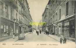 35 Rennes, Rue D'Orléans, Commerces, Charrettes..., écrite 1919, Cliché Pas Très Courant - Rennes