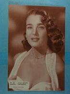 Photo Universal Julia Adams - Photographs