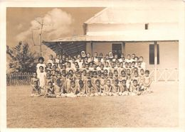 WALLIS-et-FUTUNA  -  Cliché De Religieuses Avec Des Enfants à WALLIS  - Voir Description - Wallis-Et-Futuna
